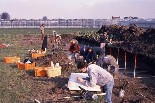 Opgraving van een inheems-Romeinse nederzetting in de Harnaschpolder
